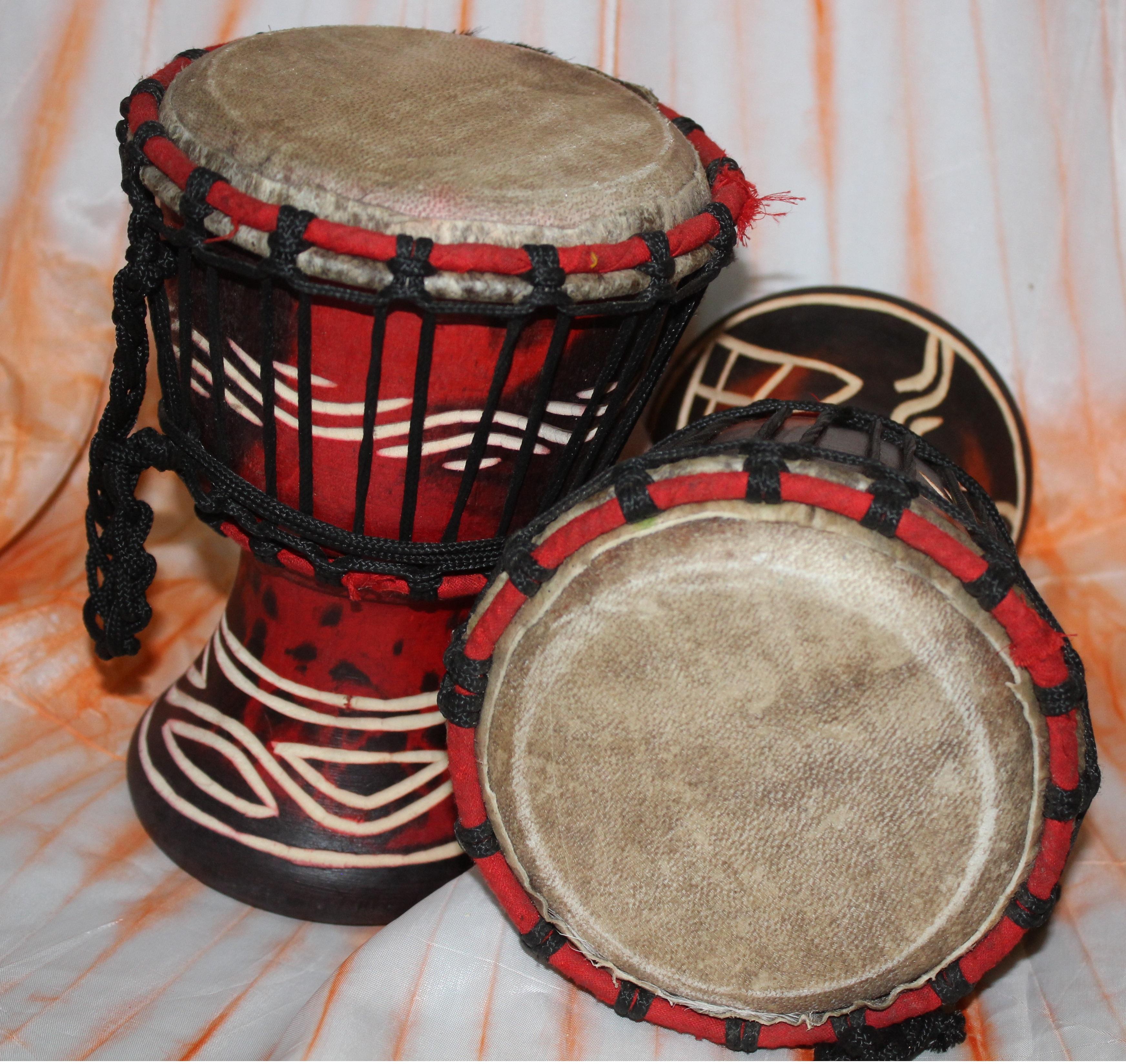 Small Drums – Interior Decor
